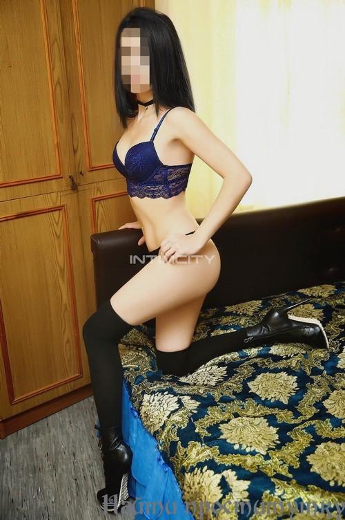 Даяна, 27 лет: вагинальный фистинг