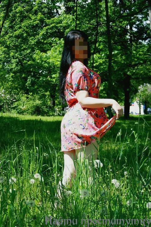 Анита, 24 года: кончить на грудь