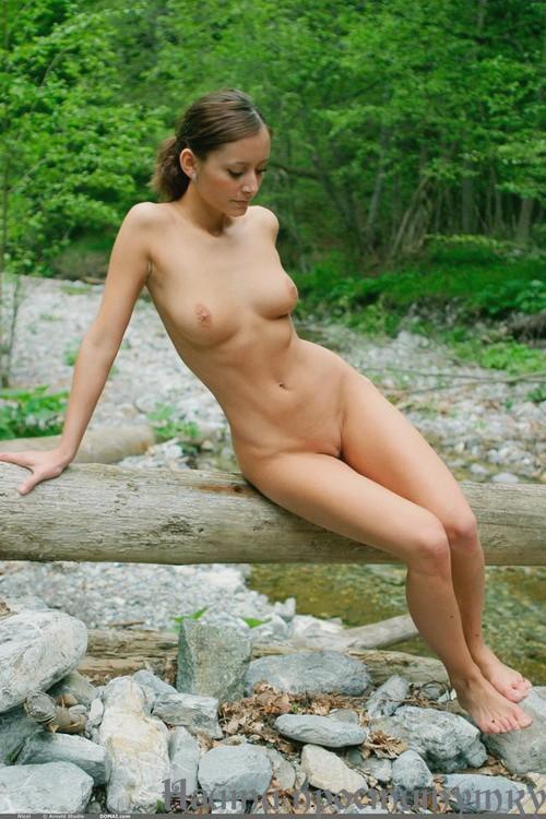 Голые женщины интим досуг хабаровске